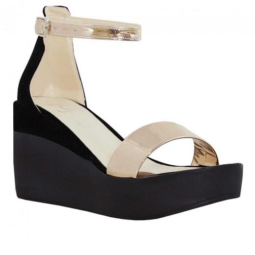 Guja 3568 Dolgu Topuk Kadın Sandalet